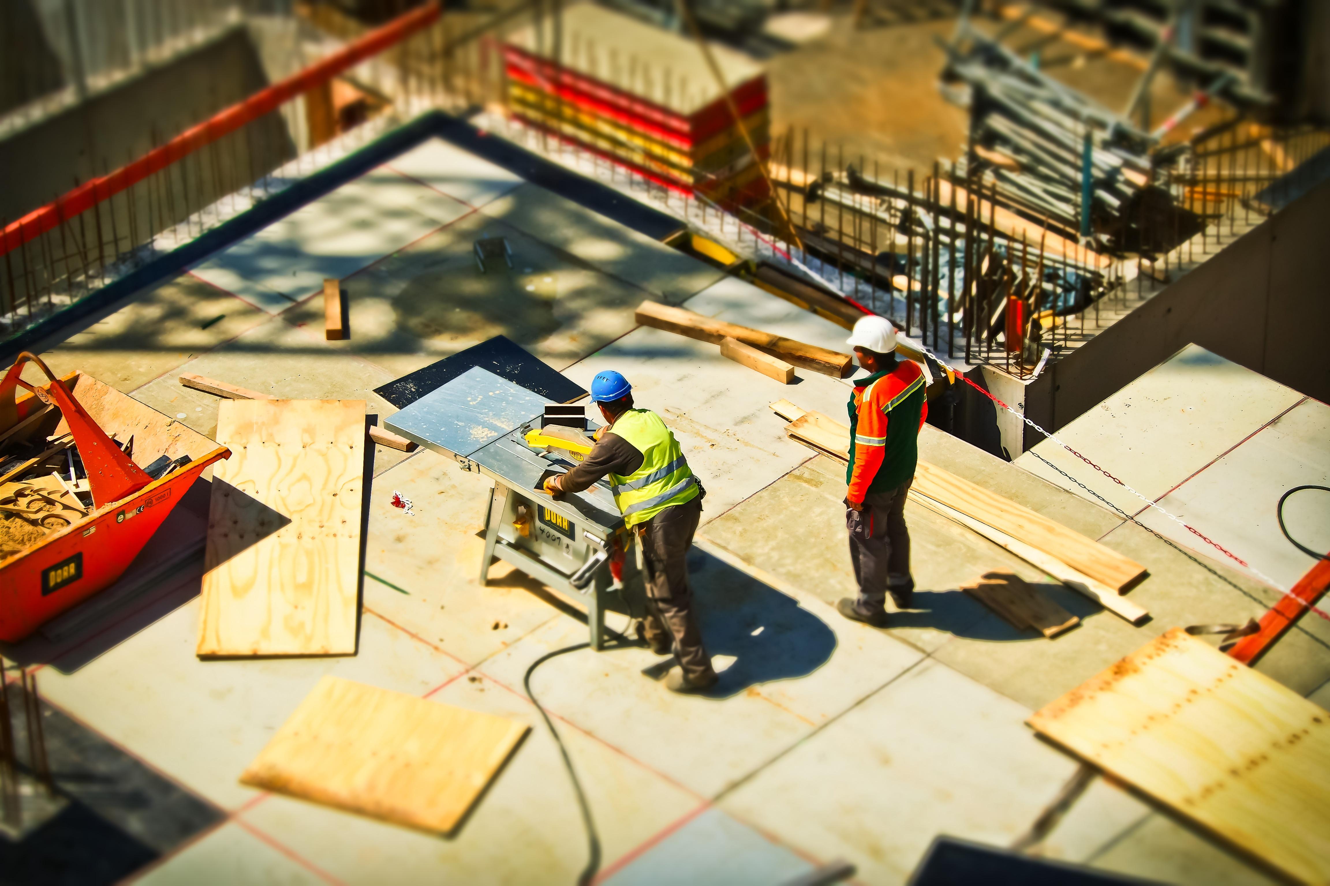 Mobiili työajanseuranta rakennusteollisuudessa